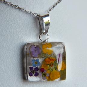 Medium Wild Flower Pendant.1.Square.JPG