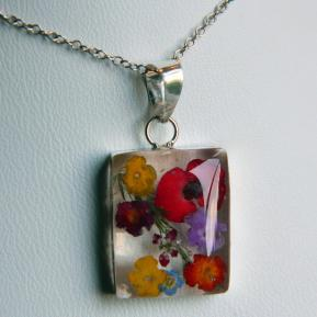 Medium Wild Flower Pendant.2.Rectangle.JPG