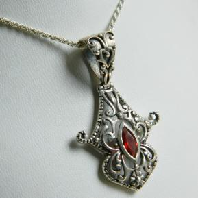 Garnet Sterling Detailed Handwork Pendant.158.JPG